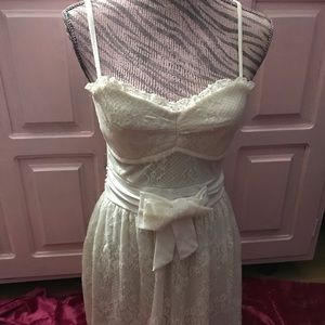 Adorable white Lacey dress